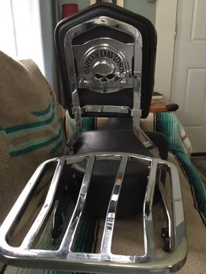 Sundowner Seat with Luggage Rack & Backrest for Sale in Providence, RI
