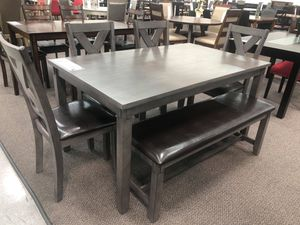 Dining table set for Sale in El Monte, CA