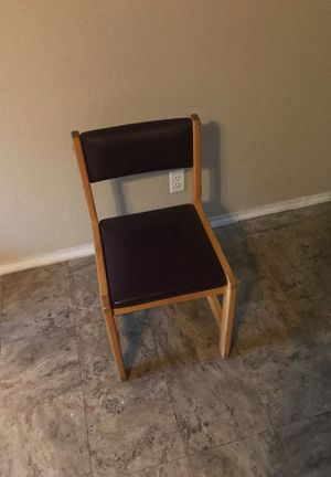 4 kitchen table chairs for Sale in Sapulpa, OK