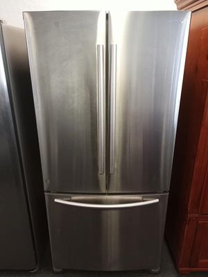 FREE DELIVERY! Samsung Refrigerator Fridge Free Delivery With Icemaker #909 for Sale in Riverside, CA