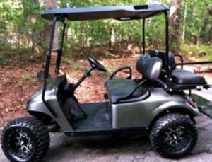 Asking$1000 Ez-Go TXT 2O17 electric golf cart for Sale in Altadena, CA