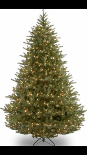 8' CHRISTMAS TREE WITH LED LIGHTS for Sale in Roslyn, NY