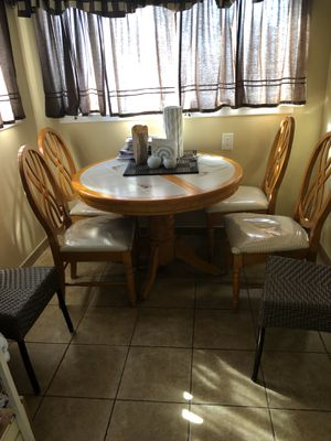 Table and chairs for Sale in Oakland, CA