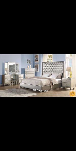 Bedroom set for Sale in Warrenville, IL
