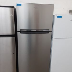 Whirlpool refrigerator Stainless Steel for Sale in Modesto, CA