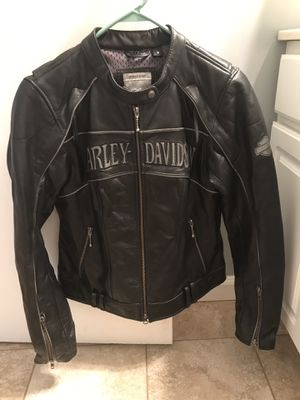 Harley Davidson women's leather jacket for Sale in Imperial, PA