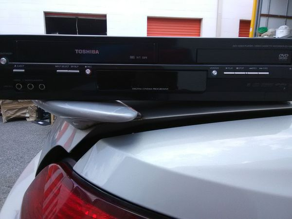 Toshiba- DVD/CD player