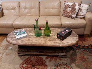 LIVINGROOM TABLE FOR SALE for Sale in Bellevue, WA