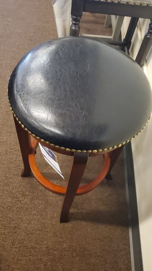 Antique stool for Sale in Victoria, TX