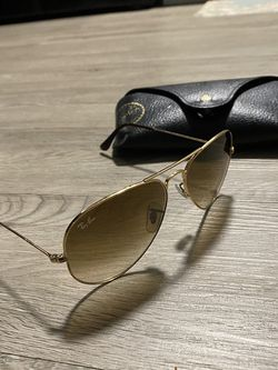 Ray Ban Sunglasses for Sale in Riverdale Park,  MD