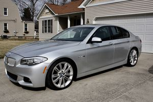 2011 BMW 550i 5 series V8 TWIN TURBO for Sale in Whitehall, OH