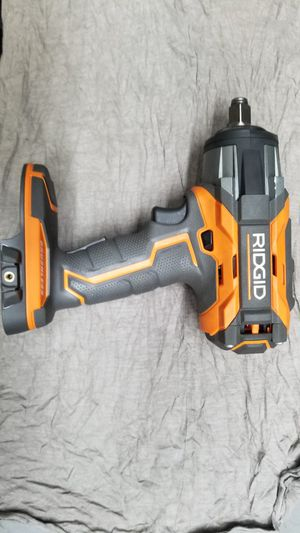 """Ridgid R86011 1/2"""" Impact Wrench w/ 2 Batteries & Charger for Sale in Malden, MA"""