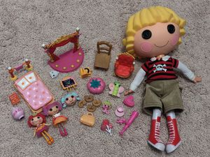 Lalaloopsy patch chest doll + mini lalaloopsy dolls & furniture set for Sale in Naperville, IL