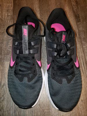 Nike size 8 womens running shoes for Sale in Lewisville, TX
