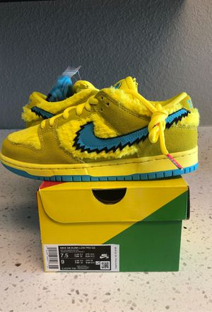 Nike SB Dunk Low Pro x Grateful Dead Opti Yellow/Blue Fury for Sale in Vallejo, CA
