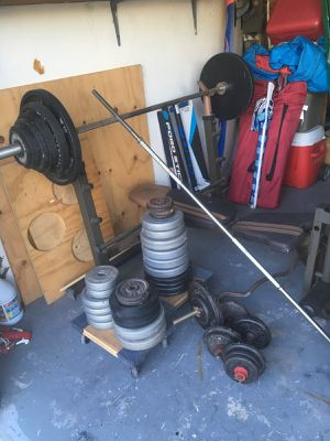 Bars, bench, and weights for Sale in NEW PRT RCHY, FL