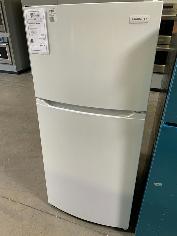 NEW! White Frigidaire Top Freezer Refrigerator Fridge..1 Year Manufacturer Warranty Included