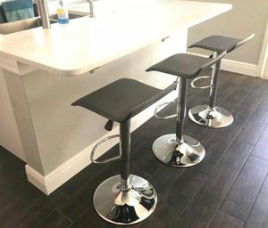 Set of 3 chair bar stools new in box✔ for Sale in Orlando, FL