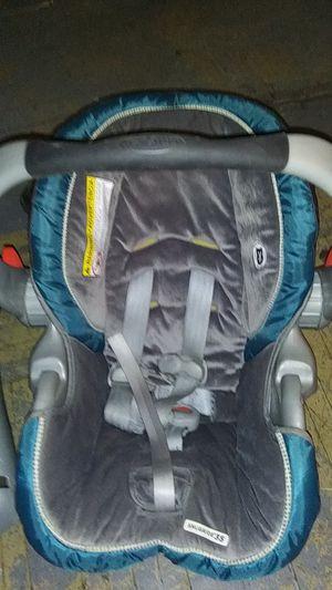 Graco car seat for Sale in Buffalo, NY