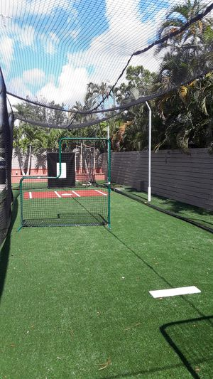Professional baseball/softball batting cage for Sale in West Palm Beach, FL