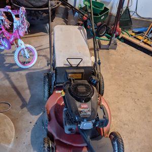 Toro Lawn Mower for Sale in Bakersfield, CA
