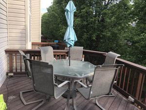 Outdoor dining set for Sale in Sterling, VA