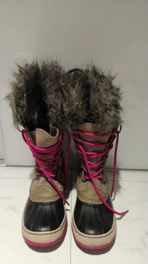 Snow boots for Sale in Miramar, FL