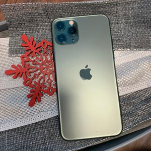 Apple iPhone 11 Pro Unlocked For All Carriers for Sale in Tacoma, WA
