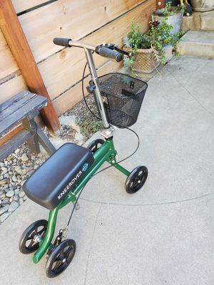 Knee scooter for Sale in Modesto, CA