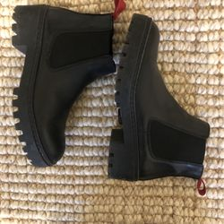 Bimba y Lola Ankle Boots, Size Eur 39 Usa 8.5 for Sale in Philadelphia,  PA