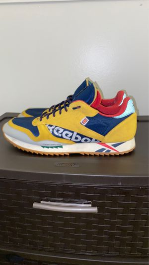 Reebok Classic ALTER THE ICONS size 11 for Sale in Clarkston, GA