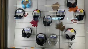 Beats JBL Skull Candy Bose Sony Headphones for Sale in Seattle, WA