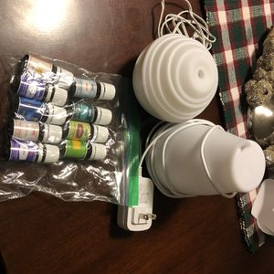 Essential Oil Diffusers w/oils Included for Sale in Buckley, WA