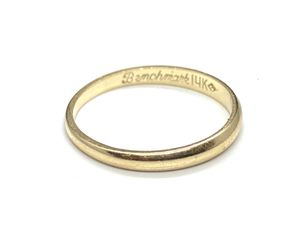 14k Solid Gold wedding, anniversary band ring. for Sale in Daly City, CA