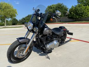 2015 Harley Davidson softail slim $8500 obo for Sale in Round Rock, TX