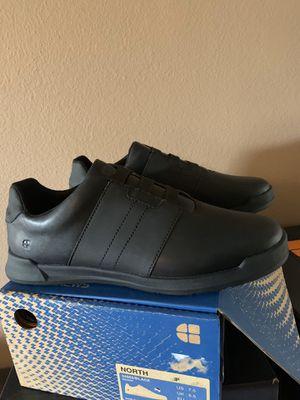 Zapatos anti derrapante for Sale in Bloomington, CA