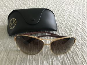Women's Ray Ban sunglasses for Sale in Lexington, SC