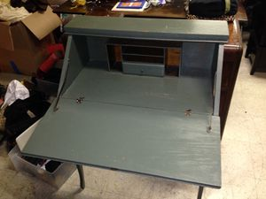 Antique desk for Sale in San Diego, CA