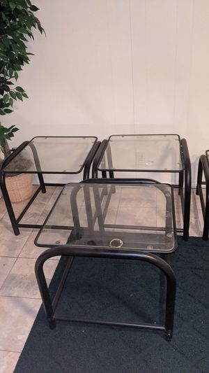 Glass table for Sale in Creve Coeur, MO