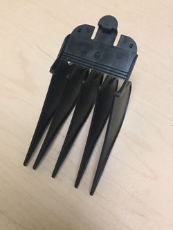 Wahl #12 Clipper Guide Comb, 1 and 1/2 Inch, 38mm for Sale in Milwaukie,  OR