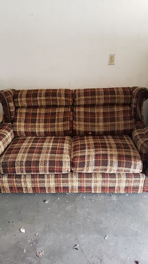Antique Loveseat Couch for Sale in Bend, OR