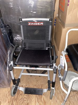 Zinger Motorized Rechargeable Chair for Sale in Huntington Beach, CA