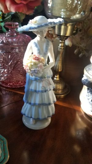 Porcelain figurine not Lladro for Sale in Wildomar, CA