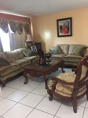 Living room set. Delivery fee included in price for Sale in Miami, FL