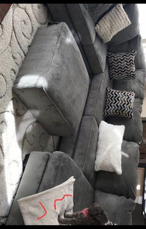Gray Oversized LARGE Sectional /couch /Living room set for Sale in Pflugerville, TX