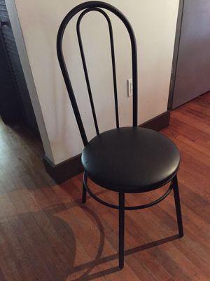 (4) black chairs for Sale in Miami, FL