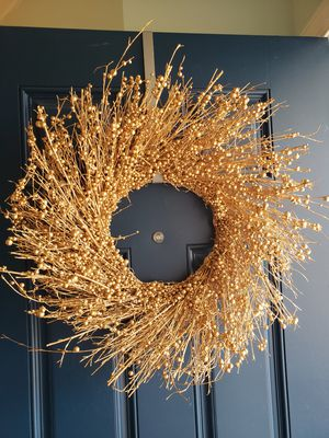 Beautiful Pier 1 Wreath for Sale in Raleigh, NC