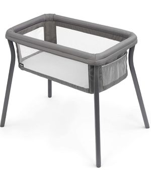 Chicco LullaGo Anywhere Portable Bassinet - Sandstone, Grey for Sale in Las Vegas, NV