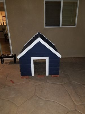Dog house for large breed for Sale in San Diego, CA