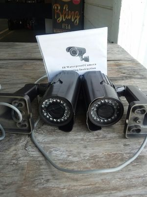2 Security cameras for Sale in Tallahassee, FL